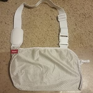 White & Gray Mesh Arm Sling